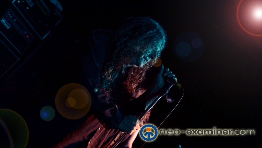 Singer Eric Wagner of the band the Skull performing live on stage.
