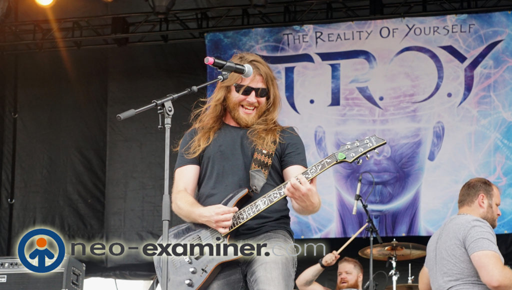 Troy live on stage , what a great smile !