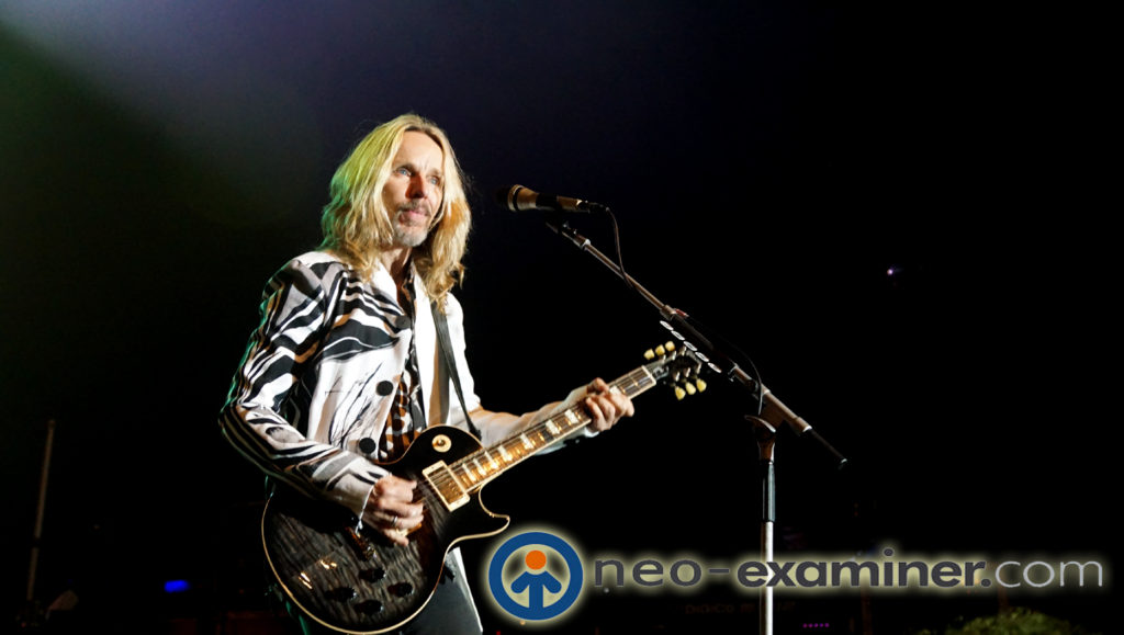 Tommy Shaw on Stage
