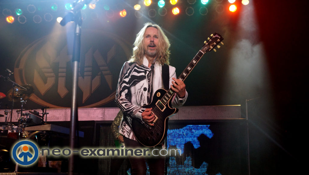 Rocker Tommy Shaw on stage