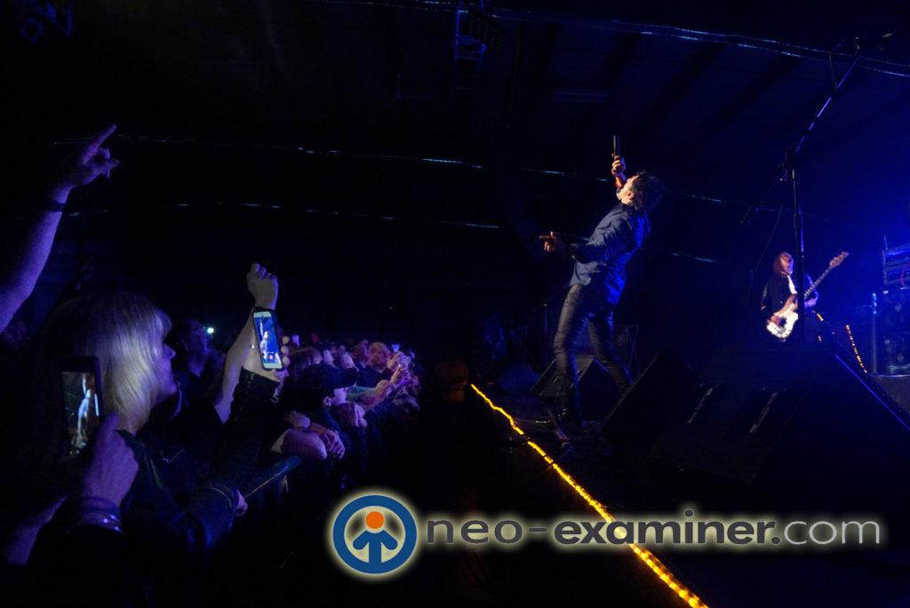 Miljenko Matijevic on stage with Steelheart