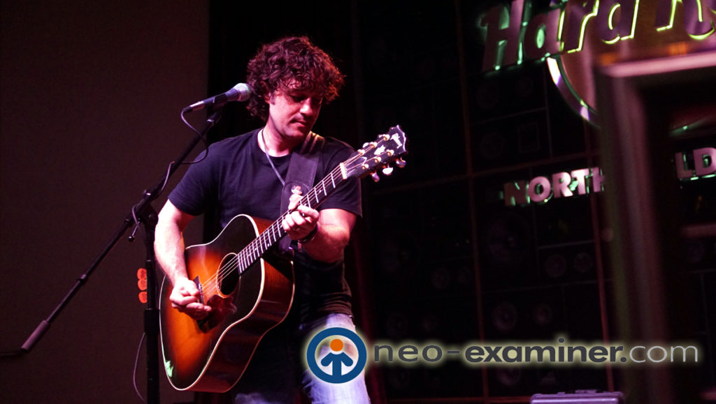 Thomas Ian Nicholas performing at the Hard Rock Cafe