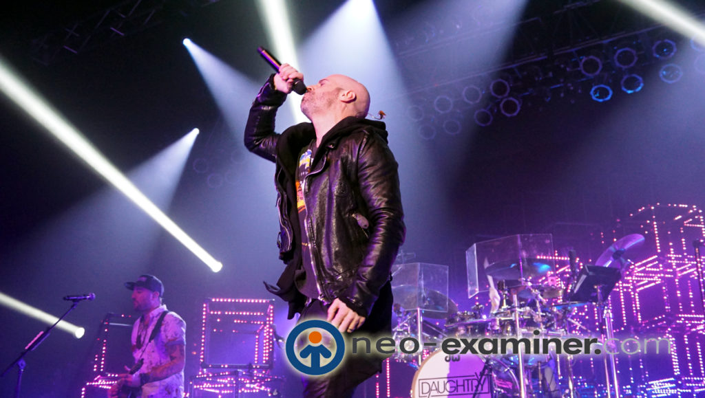 Daughtry live on stage .