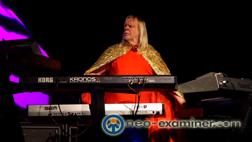 Rick Wakeman performing with YES in 2018