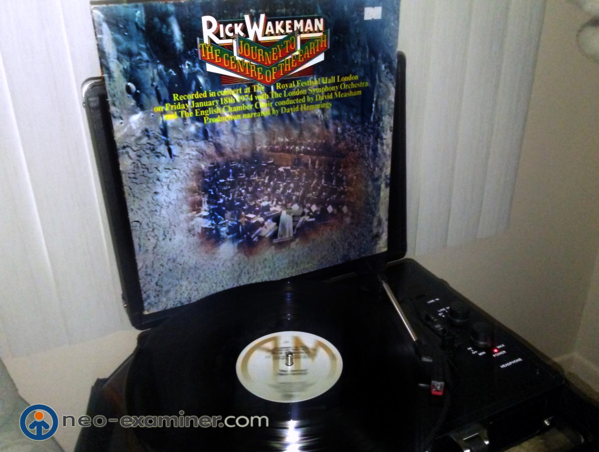 Retro Vinyl Review- Rick Wakeman – Journey To  The Center of The Earth