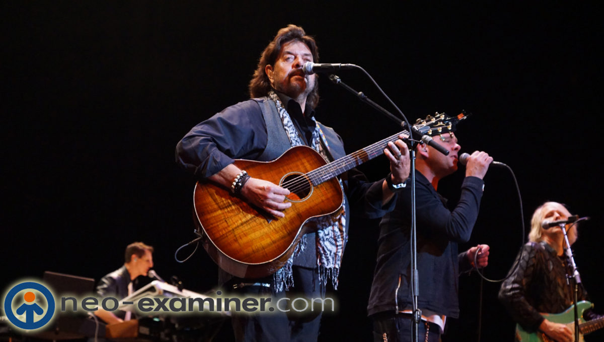 Live Review – Alan Parsons Rocks Akron To Capacity !