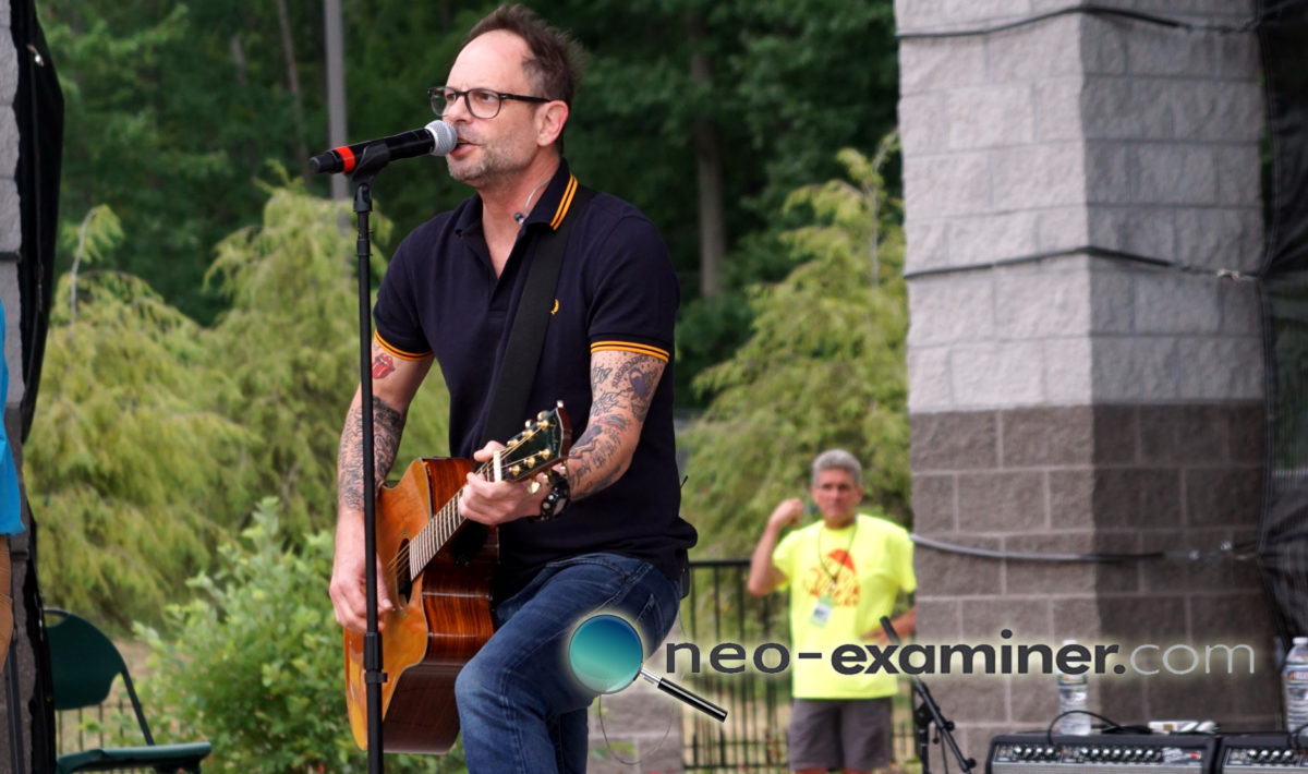 Live Review- Gin Blossoms Perform at Mentor Rocks !