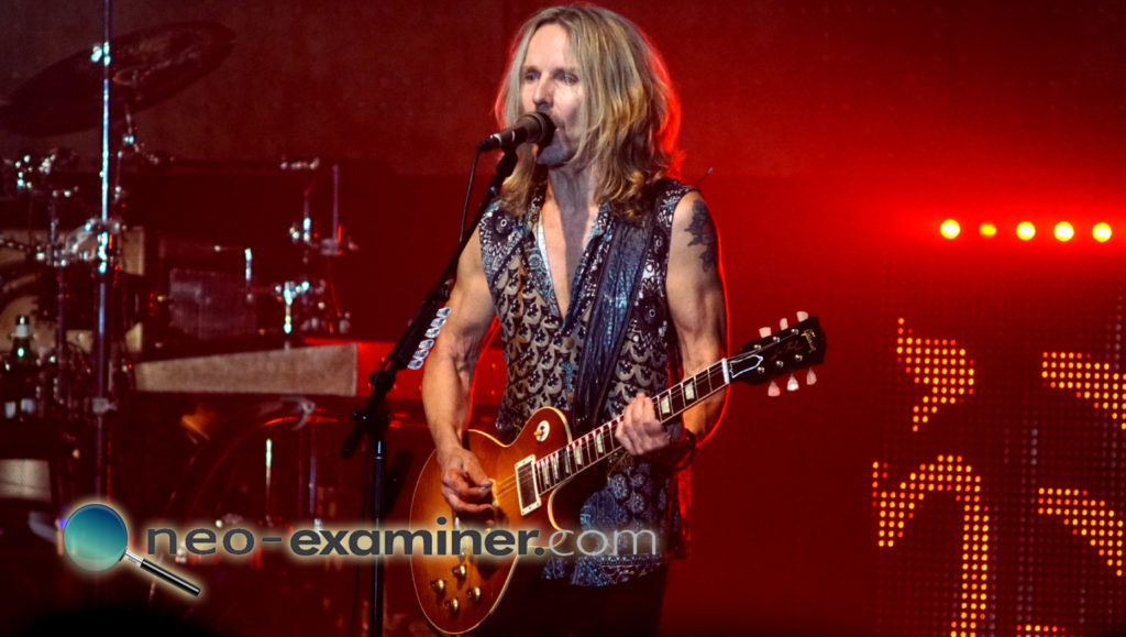 Styx live on stage